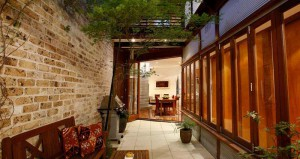 53 Gipps Street Courtyard Wide