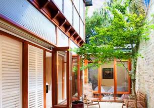 Balmain terrace Courtyard